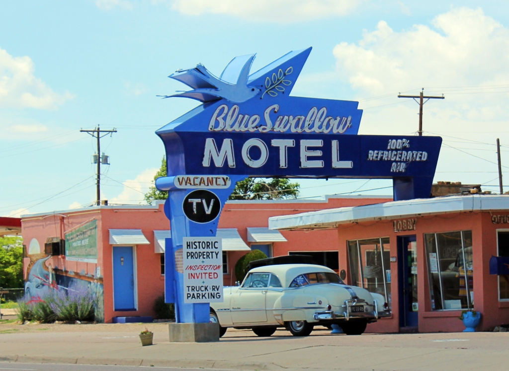 route 66 roadside attractions travels with birdy. Black Bedroom Furniture Sets. Home Design Ideas