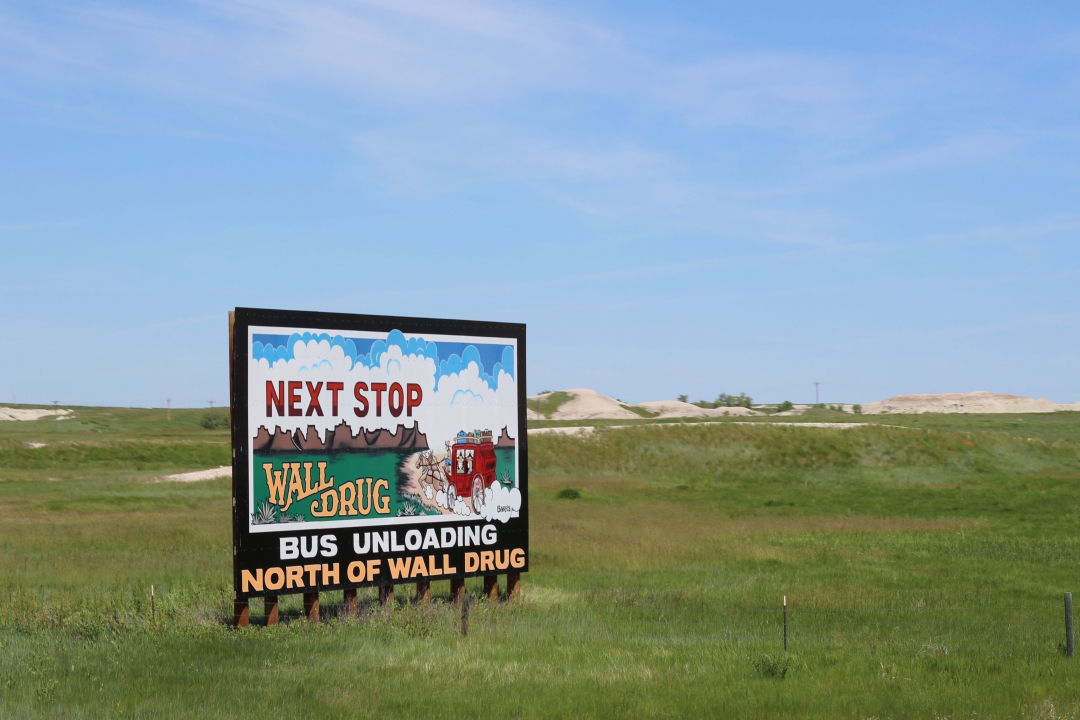 I-90 West South Dakota Roadside Attractions20160602-07